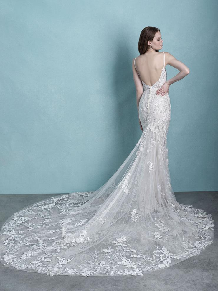 Aster -9765- Allure Bridals Ivory/Champagne SZ 14 WAS £1950 NOW £1100