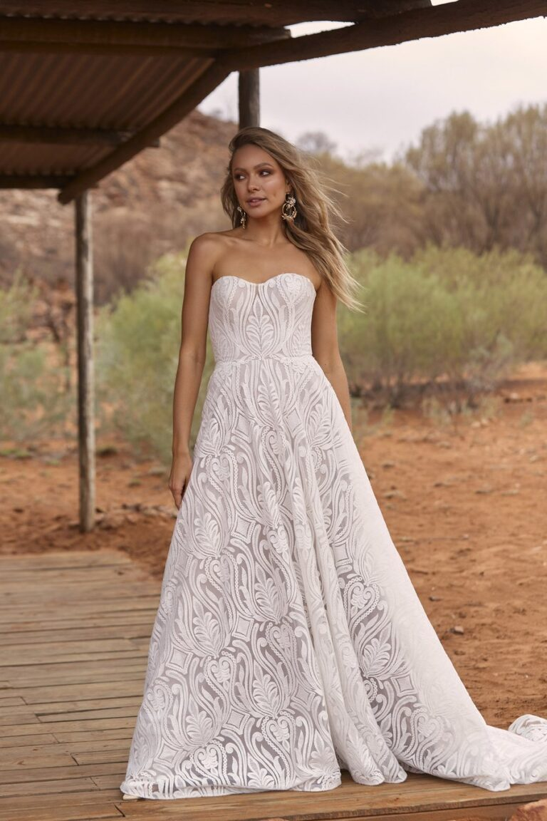 Sweetheart & StraplessWedding Dresses